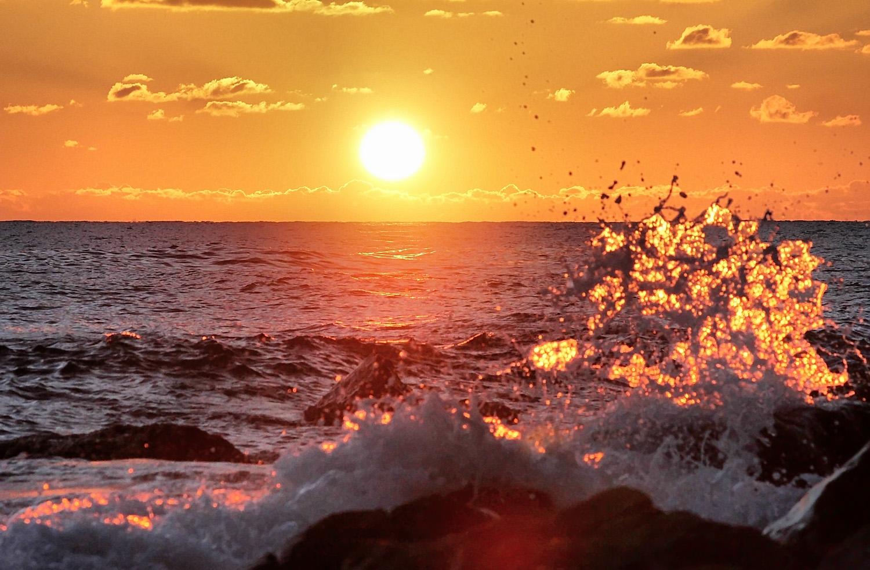 Теплое сентябрьское море в Крыму